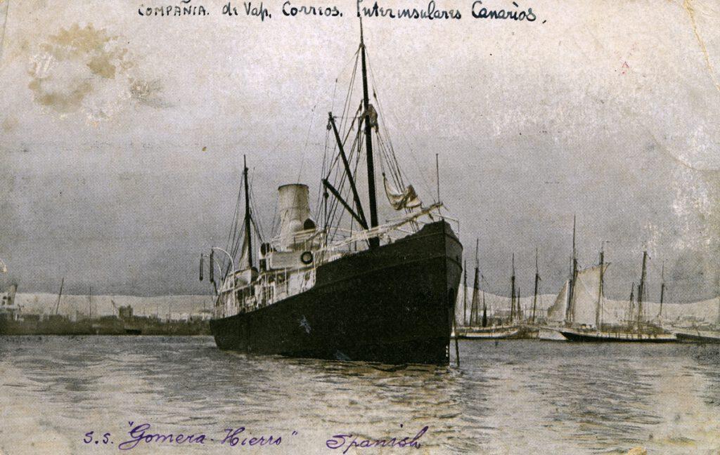 La imagen tiene un atributo ALT vacío; su nombre de archivo es Fo024324.-EL-CORREILLO-DE-LA-COMPANIA-DE-VAPORES-INTERINSULARES-CANARIAS.-1920-30.-1024x648.jpg